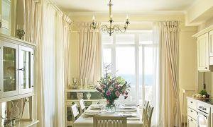 Шторы на кухню с балконом: фото и идеи оформления окна с балконной дверью
