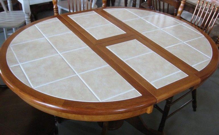 Складной кухонный стол, отделанный керамической плиткой
