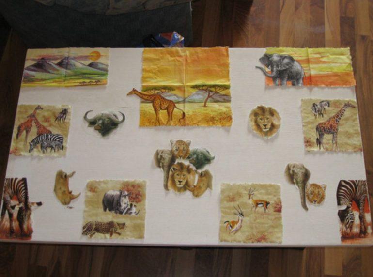 Распределяем рисунки на столешнице