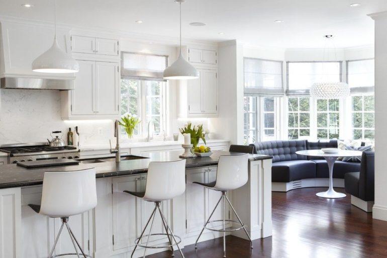Эркер в кухне сделает её светлее и зрительно увеличит площадь