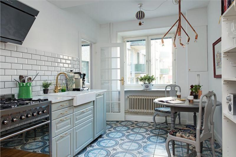 Нужно с максимальной эффективностью распределить имеющиеся на вашей кухне квадратные метры и создать неповторимый, удобный и стильный интерьер кухонного пространства