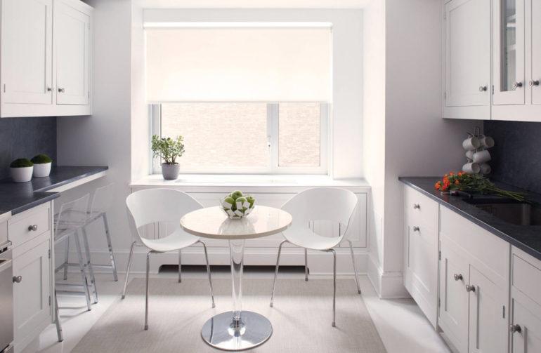 Если ваша кухня проходная или вытянутая, то двухрядная планировка может оказаться единственным эффективным вариантом размещения мебели