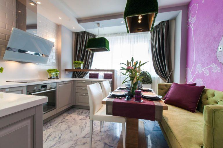Дизайн С-образной кухни с эркером