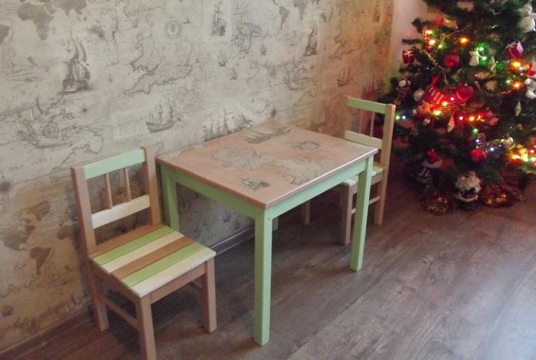 Отреставрированные своими руками стол и стулья