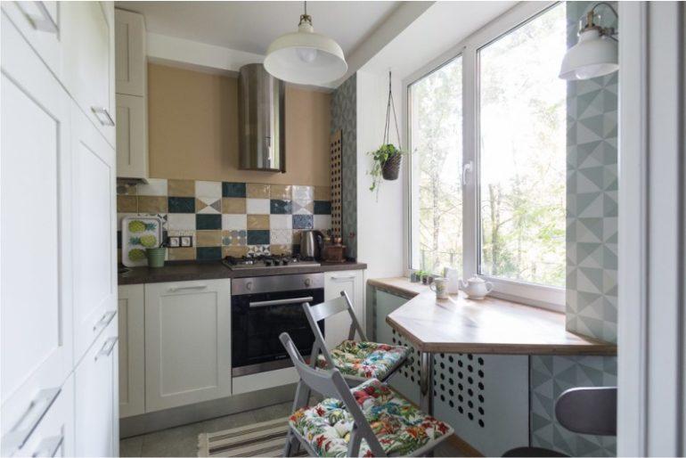 """Кухня в 5,5 кв. метра – не то помещение, где есть место """"разгуляться"""" дизайнерской фантазии, но при правильном подходе здесь уместится всё необходимое"""