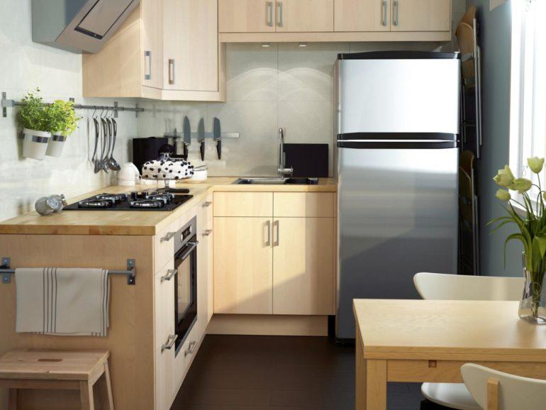 Правильный выбор кухонного гарнитура позволит забыть об ограниченном пространстве