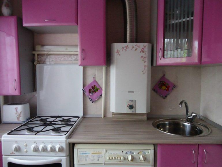 Компактная линейная планировка кухни в хрущевке