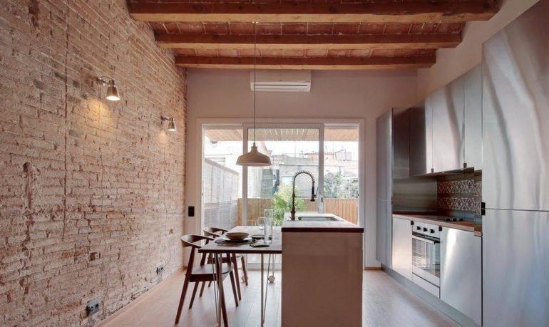 Кухни в стиле лофт оформляются в лаконичных и строгих формах, без излишнего декора