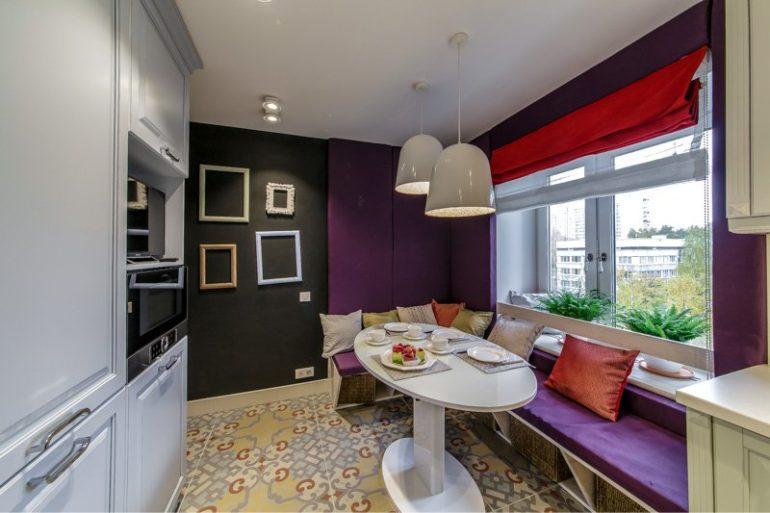 Обеденную зону лучше отделять от остального пространства, если позволяет площадь комнаты