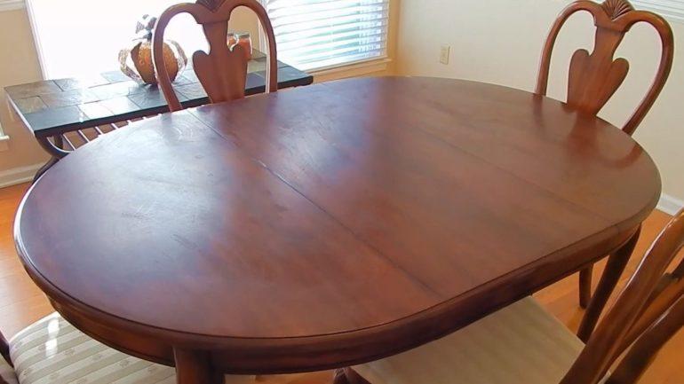 Реставрация мебели сам по себе весьма увлекательный процесс, а при грамотном подходе и очень полезный, позволяющий существенно экономить на приобретении новой мебели