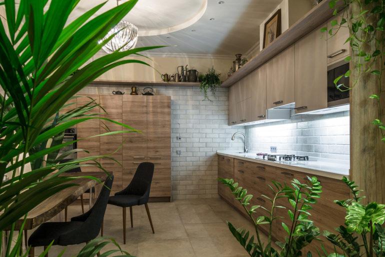 """Для эко-стиля предпочтительнее мебель простых форм и больше """"живой"""" природы"""