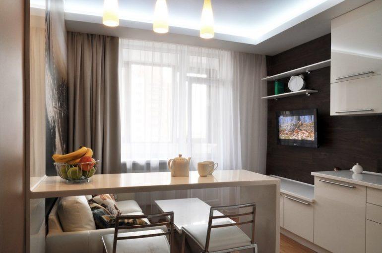 На кухне средних размеров гостиную можно отделить барной стойкой
