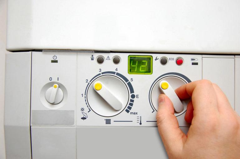 Автоматика многих моделей газовых котлов обеспечивает самостоятельную работу приборов круглый год и защищает оборудование в случае экстремальных ситуаций