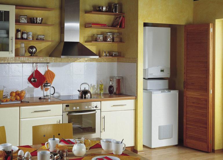В большой кухне можно разместить и напольный газовый котел, если требуется отапливать помещения значительной площади