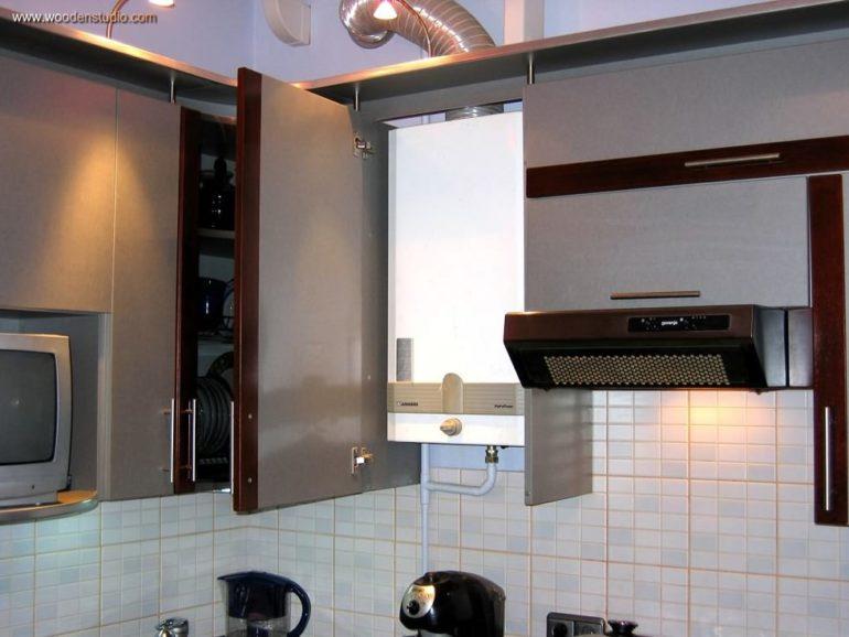 Газовый котел встроенный в кухонный шкаф