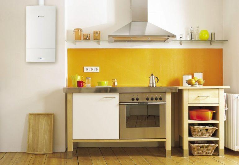 Многие модели газовых котлов имеют дизайн, вполне подходящий для открытого размещения на кухне