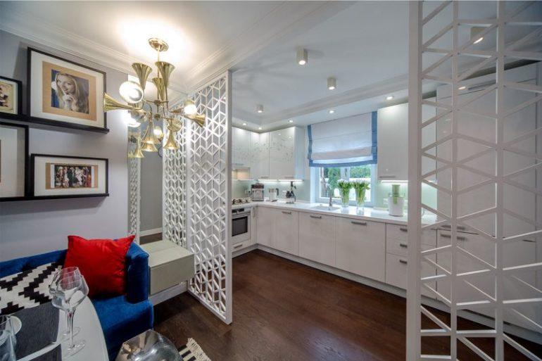 Решетчатые перегородки между кухней и гостиной