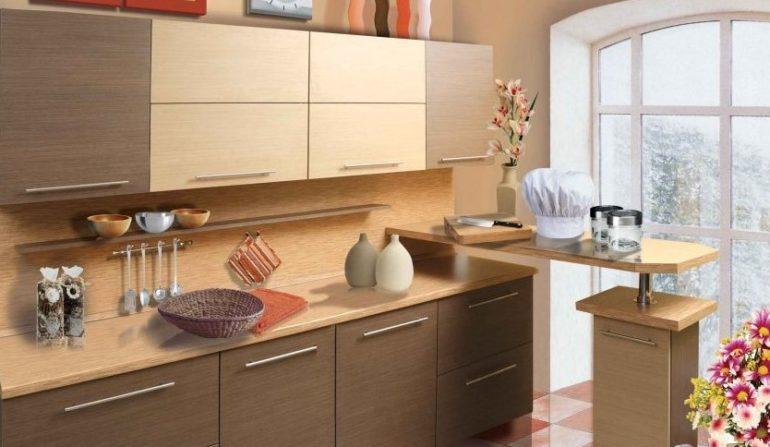 Кухонні гарнітури на основі ДСП в принципі не можуть довго служити, але до сих пір популярні завдяки низькій вартості