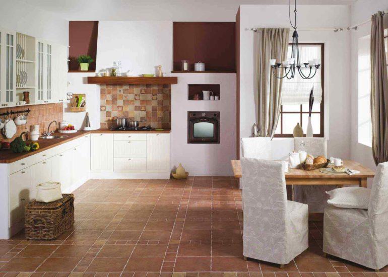 Рекомендуемые цвета для напольного покрытия – коричневый, серый или бежевый