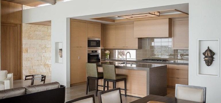 Дизайн кухни-гостиной 19 кв. м