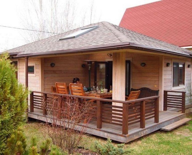 Совместив баню с летней кухней, вы получите своеобразный релаксационный комплекс