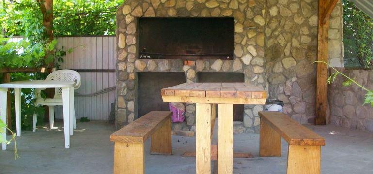Идеи оформления и постройка летней кухни