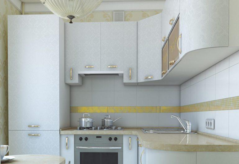Светлый гарнитур для небольшой кухни