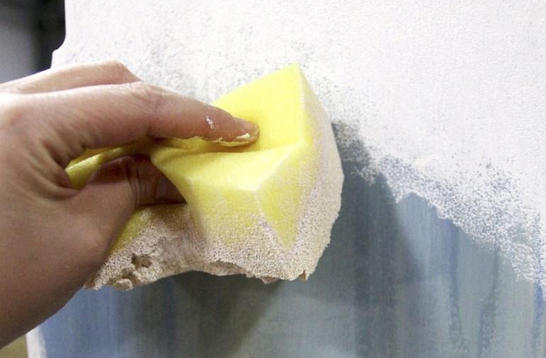 Нанесение грунтовки на поверхность