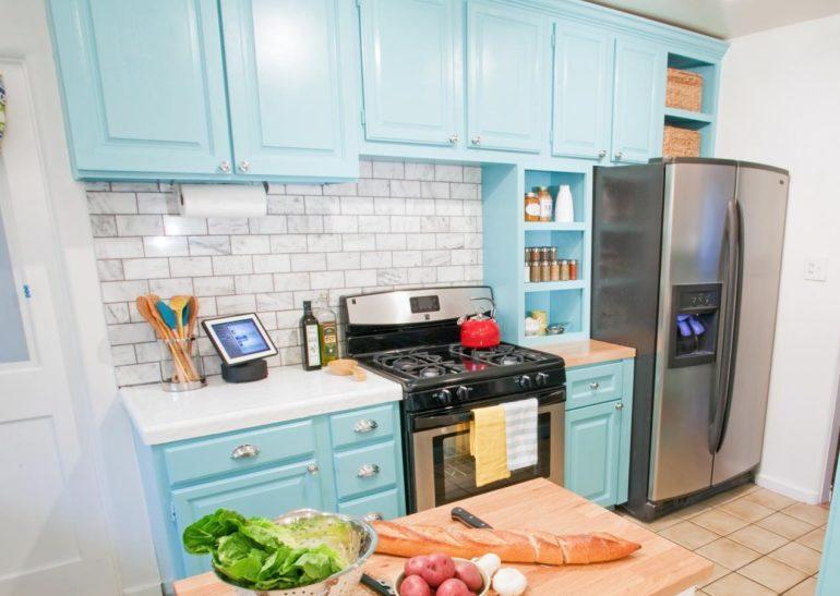 Крашенный кухонный гарнитур