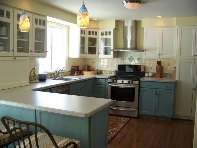 Чтобы кухня радовала вашу семью, при её проектировании придется учесть множество критериев, главные из которых – комфорт и функциональность